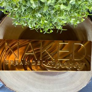 Urban Decay Naked Honey 🍯 NEW